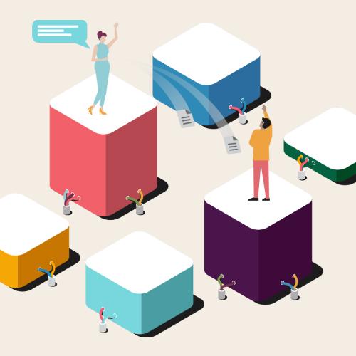Employés communiquant dans es espaces de travail Slack