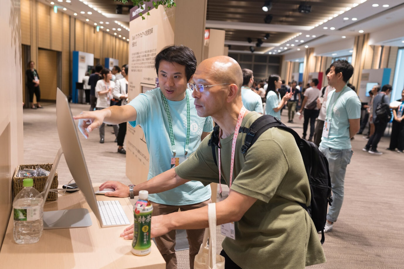 Two attendees of Slack's Frontiers Tokyo conference discover new product features