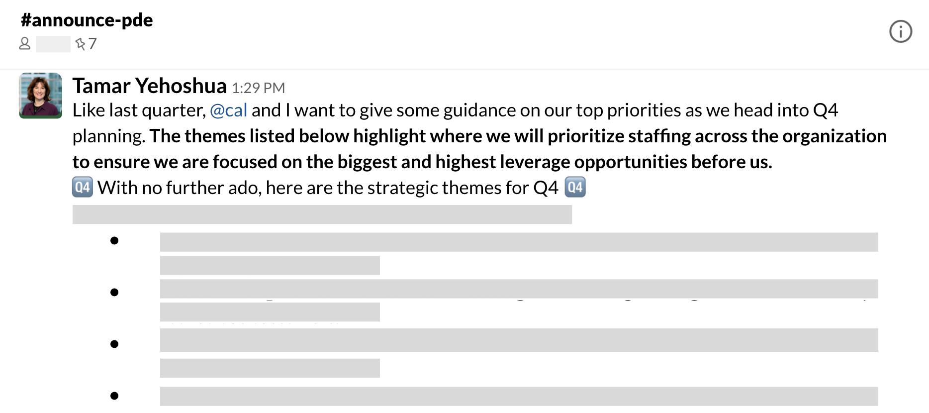 Ejemplo de un mensaje de un canal a un equipo muy grande sobre las prioridades trimestrales