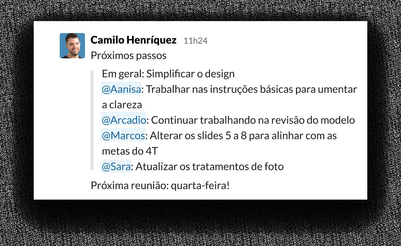 IU do Slack mostrando como usar a menção com @ para organizar tarefas e proprietários