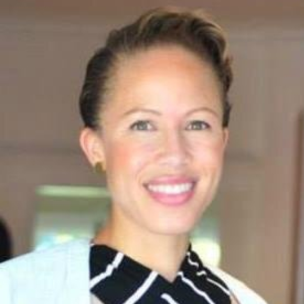 Headshot photo of Karesha McGee