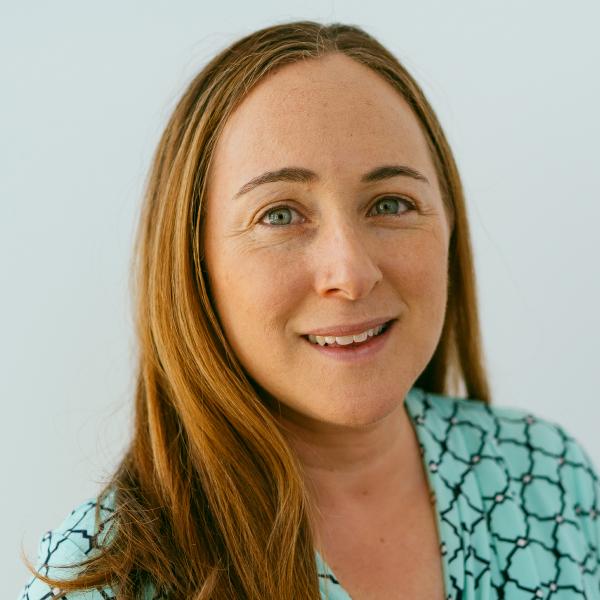 Headshot photo of Nicole Herbstein