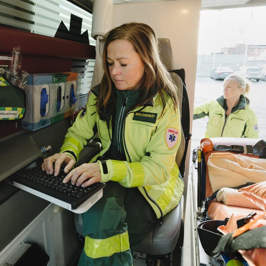 paramedic at keyboard