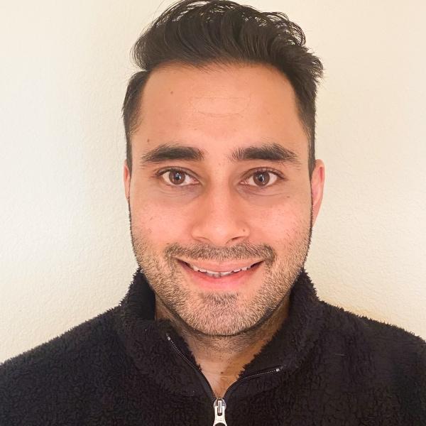 Headshot photo of Vikas Bhagat